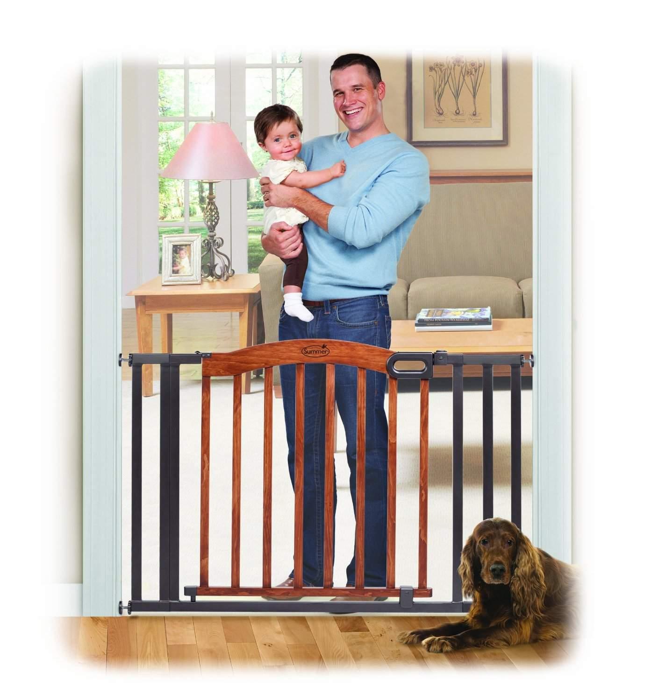 Summer Infant Decorative Wood & Metal 5 Foot Pressure Mounted Gate