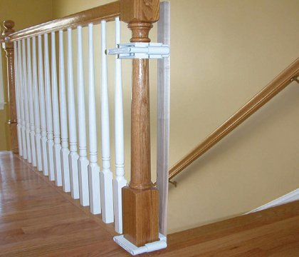 Top 5 Best Baby Gates For Stairs With Banisters 11