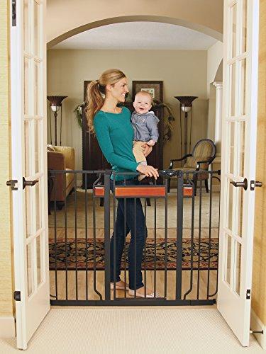 Regalo Baby Gates 4